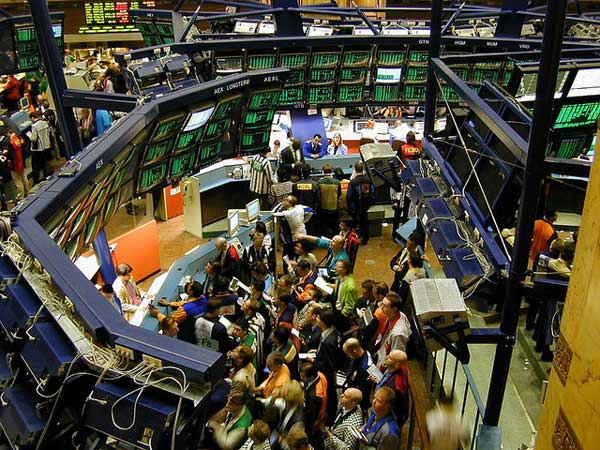 algorithmic trading and traders on wall street